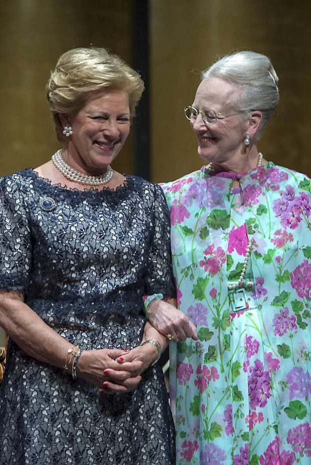 Prinsesse Anne-Marie, dronning Margrethe