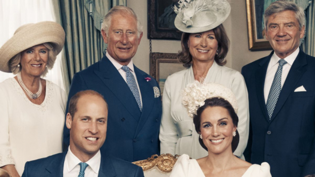 Hertuginde Camilla, prins Charles, Carole Middleton, Michael Middleton, prins William og hertuginde Catherine.